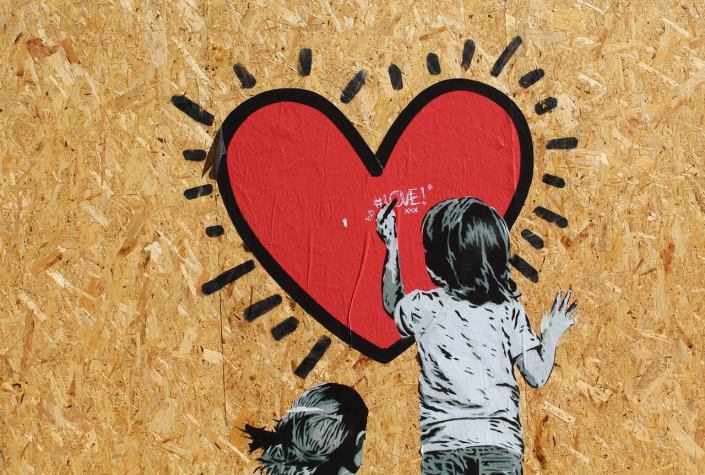 murale graffito bambini cuore