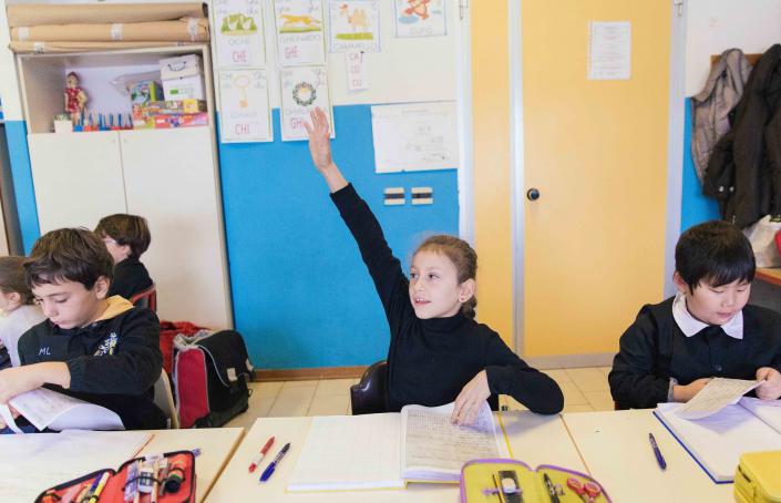 leggere scrivere grupo classe primaria bambini intercultura