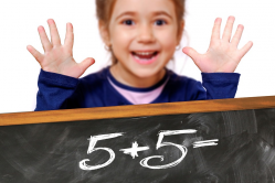 bambina matematica primaria