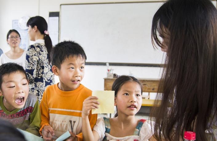 bambini classe multuculturale