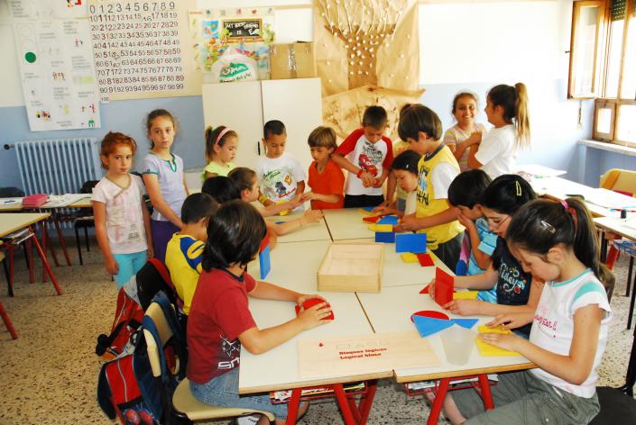 classe multiculturale tangram gruppo