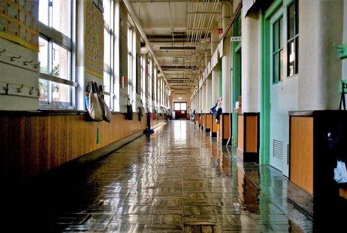corridoio scuola