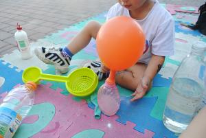 22 settembre palloncino aceto.JPG